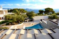Вид на море от квартиры в роскошной гостинице Стоковые Изображения RF