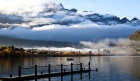 Вид на озеро в осени Стоковая Фотография RF