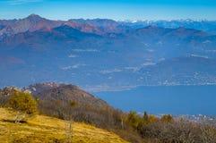 Вид на озеро Maggiore Стоковое фото RF