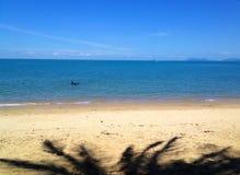 Вид на океан и остров Стоковая Фотография RF