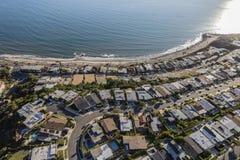 Вид на океан Лос-Анджелес Pacific Palisades самонаводит антенна Стоковые Фото