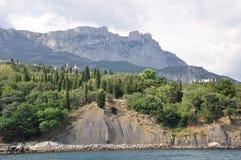 Вид от моря на горе Стоковое Фото