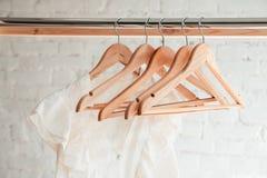 Вид одежд на шкафе одежды Стоковое Изображение