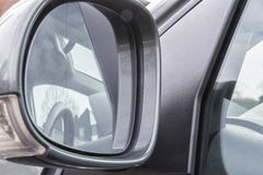 вид сзади зеркала автомобиля Стоковая Фотография