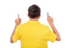 Вид сзади человека с руками вверх Стоковые Фотографии RF