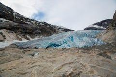 Вид спереди ледника Nigardsbreen стоковые изображения rf