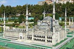 Вид спереди серой мечети в Стамбуле Стоковые Фото