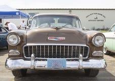 Вид спереди 1955 меди Chevy Bel Air Стоковые Фотографии RF