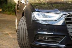 Вид спереди роскошного автомобиля Стоковая Фотография RF