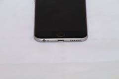 Вид спереди серебряного iPhone 6s стоковые изображения