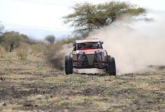 Вид спереди участвовать в гонке красный автомобиль ралли Hellcat Стоковые Изображения