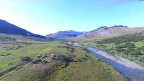 Вид с воздуха лагеря в равнинах сток-видео