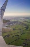 Вид с воздуха Амстердама северный Голландии от иллюминатора воздушных судн Стоковое Фото