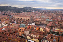 Вид с воздуха болонья от башни Asinelli, болонья, Emilia-Roma Стоковое Фото