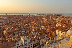 Вид с воздуха Венеции от колокольни Сан Marco, Стоковые Изображения
