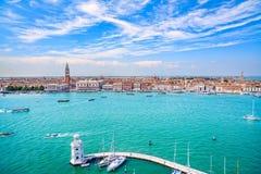 Вид с воздуха Венеции панорамный, аркада Сан Marco с колокольней Стоковые Изображения RF
