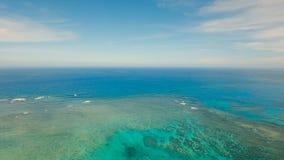 Вид с воздуха воды поверхностный Остров Филиппины Siargao акции видеоматериалы