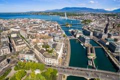Вид с воздуха города женевского озера Leman в Швейцарии Стоковые Фотографии RF