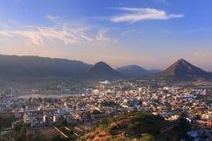 Вид с воздуха города Pushkar, Индии стоковые фото