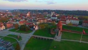 Вид с воздуха городка Каунаса (Литвы) старого видеоматериал