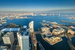 Вид с воздуха городского пейзажа Иокогама на портовом районе Minato Mirai Стоковое Изображение RF