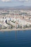 Вид с воздуха жилого района в Малаге около пляжа. Стоковые Фото