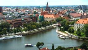 Вид с воздуха известного польского города Wroclaw акции видеоматериалы