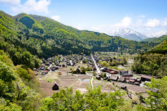 Вид с воздуха исторических деревень Shirakawa Shirakawa-идет Стоковая Фотография RF