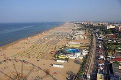 Вид с воздуха Италии пляжа и города Римини Стоковое Фото