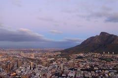 Вид с воздуха Кейптауна от холма сигнала, Южной Африки Стоковые Изображения