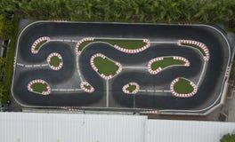 Вид с воздуха контролируемого следа автомобиля rc Стоковые Фотографии RF