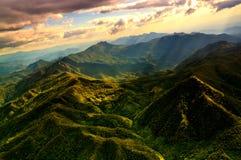 Вид с воздуха красивой горной цепи Стоковые Фотографии RF