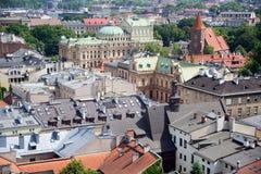 Вид с воздуха крыш домов в исторической части Кракова стоковая фотография rf