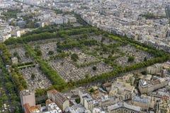 Вид с воздуха кладбища Pere Lachaise принятого от Montparnasse к стоковое изображение