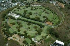 Вид с воздуха кладбища Punchbowl или национального мемориального Cemet Стоковая Фотография