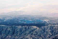 Вид с воздуха наконечника озера в Калифорнии, США стоковое фото