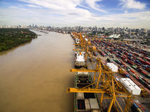 Вид с воздуха над верфью Бангкока Стоковое Фото