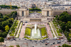Вид с воздуха на фонтанах Trocadero от Эйфелева башни Стоковые Изображения