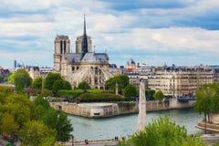 Вид с воздуха Нотр-Дам de Парижа Стоковое Фото