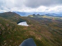 Вид с воздуха озера Osborne и озера Perry в Na гор Hartz Стоковое фото RF