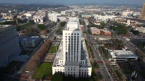 Вид с воздуха около здание муниципалитета в Лос-Анджелесе сток-видео