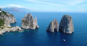 Вид с воздуха острова Капри акции видеоматериалы