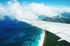 Вид с воздуха от самолета над Punta Cana, Доминиканской Республикой Стоковые Изображения