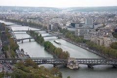 Вид с воздуха Парижа и Рекы Сена Стоковая Фотография RF