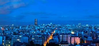 Вид с воздуха Парижа к ноча Стоковые Фотографии RF