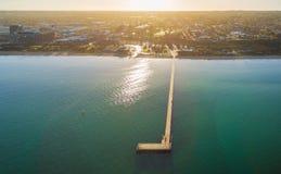 Вид с воздуха пристани на восходе солнца, Австралии Frankston стоковое изображение rf
