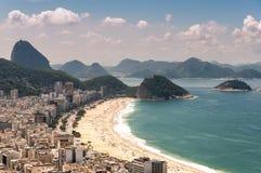 Вид с воздуха пляжа Copacabana стоковая фотография