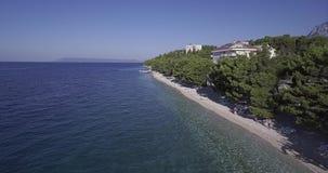 Вид с воздуха пляжа Tucepi сток-видео