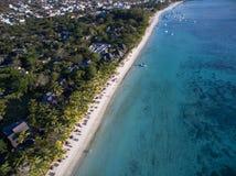 Вид с воздуха: Пляж Trou вспомогательный Biches Стоковое фото RF