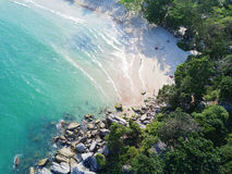 Вид с воздуха: Пляж Yai лотка ремня, Koh Phangan Стоковые Изображения RF